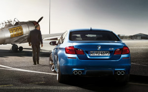 BMW M5 Blue Wallpaper 1920X1200