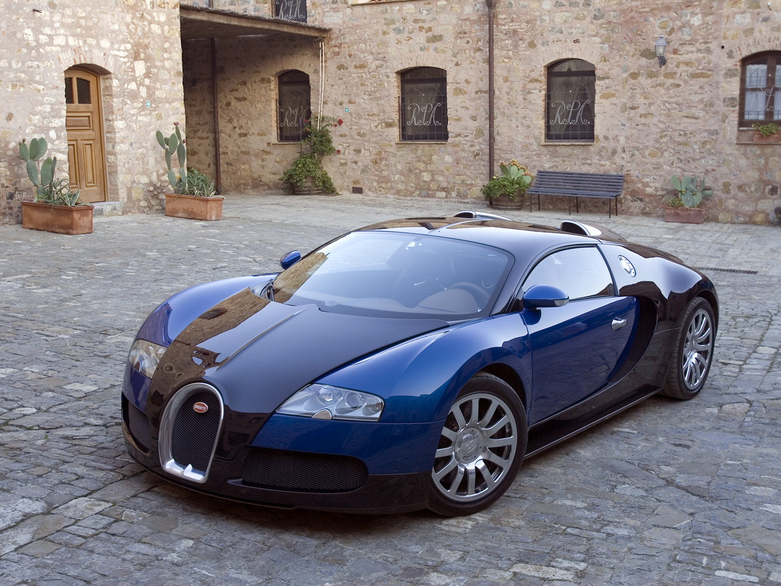 Bugatti Veyron Wallpaper Cars And Specifications