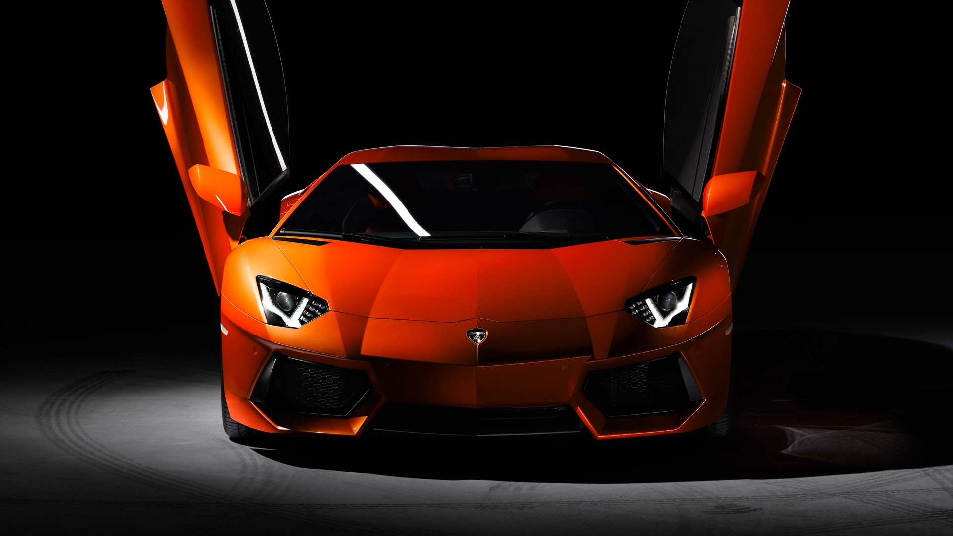 Lamborghini Aventador Wallpaper High Resolution