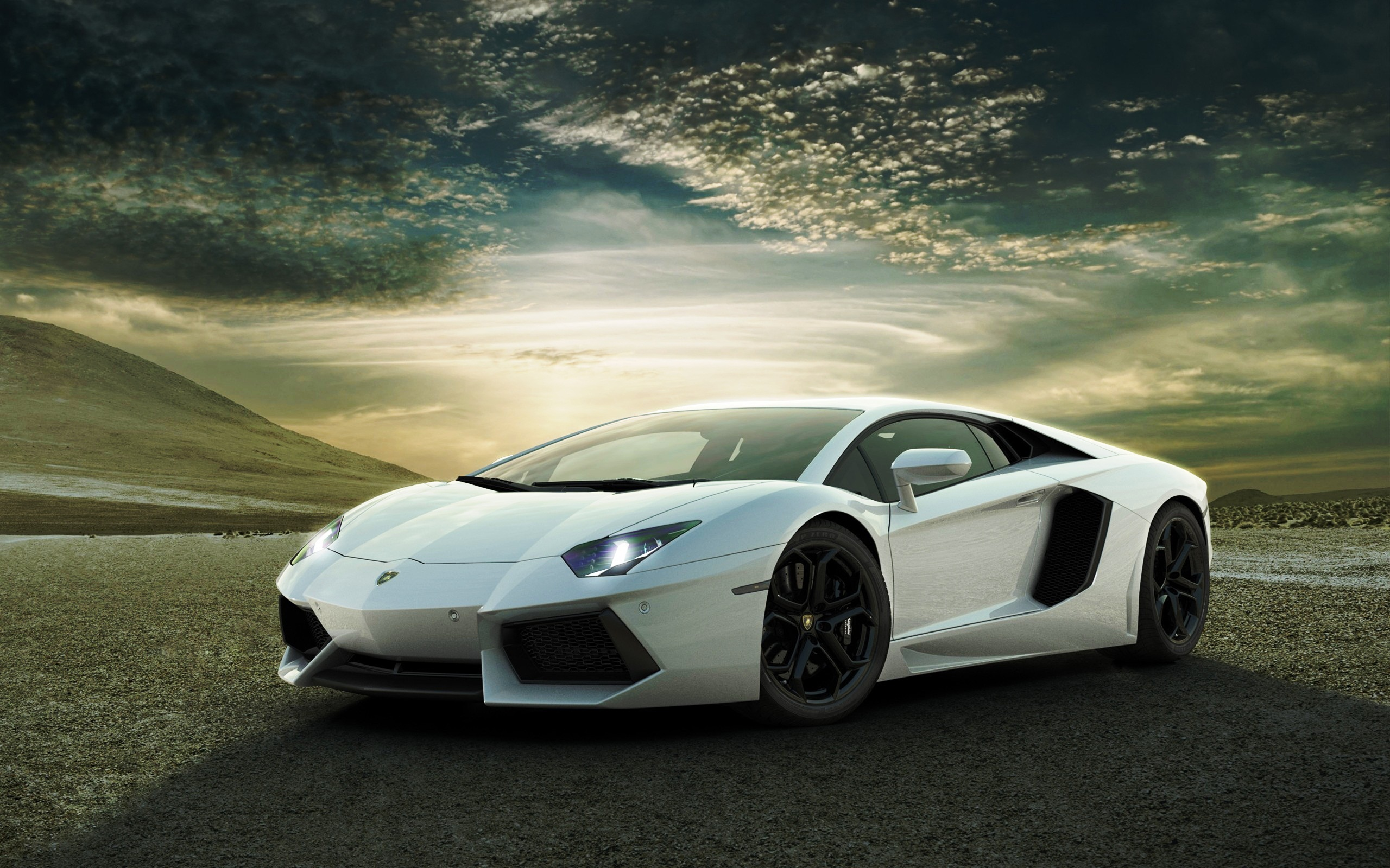 Lamborghini Aventador Wallpaper Picture
