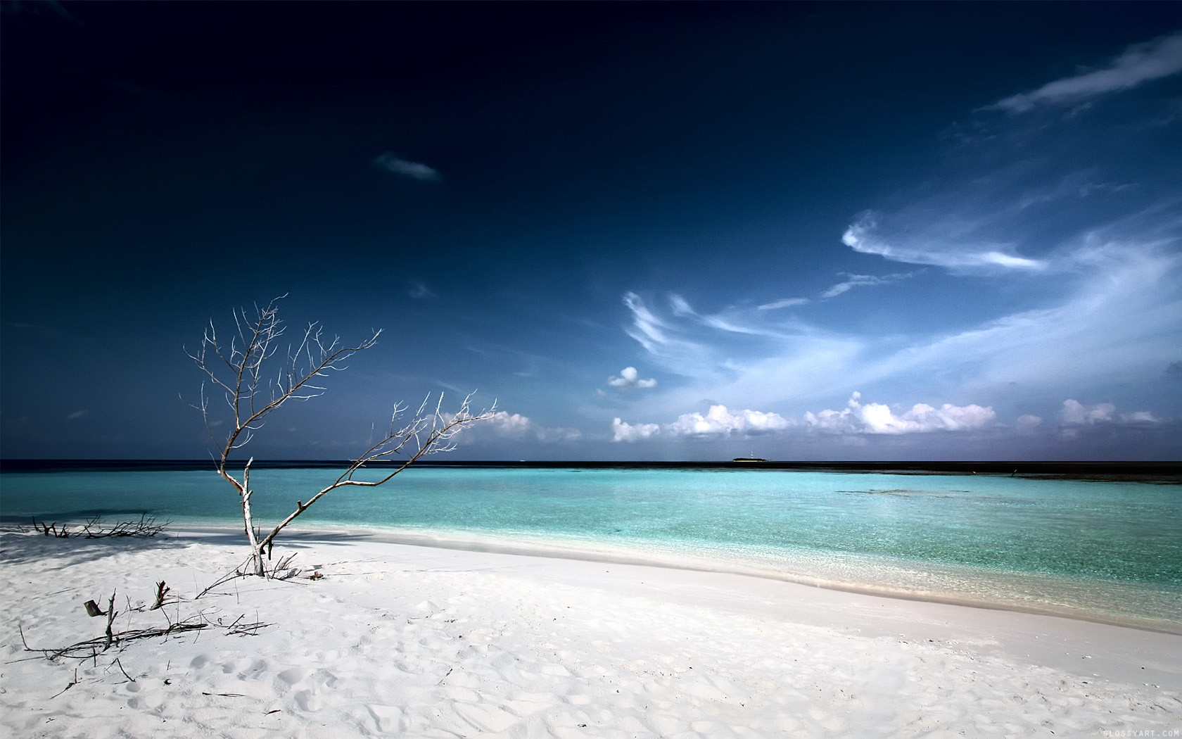 Beach White Sand Wallpaper Fullscreen PC
