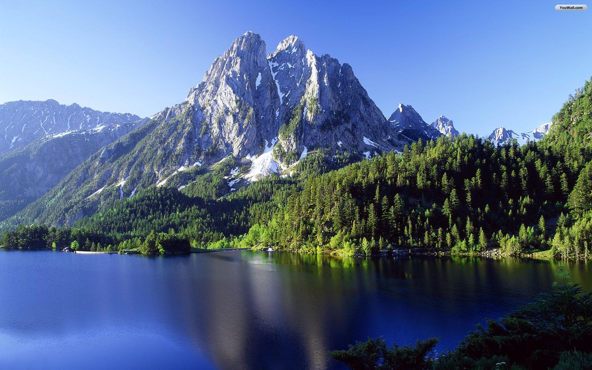 Beautiful mountain wallpapers hd 2669 wallpaper walldiskpaper beautiful mountain wallpapers hd voltagebd Choice Image