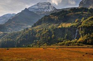 Waterfall And Mountain Beautiful Backgrounds