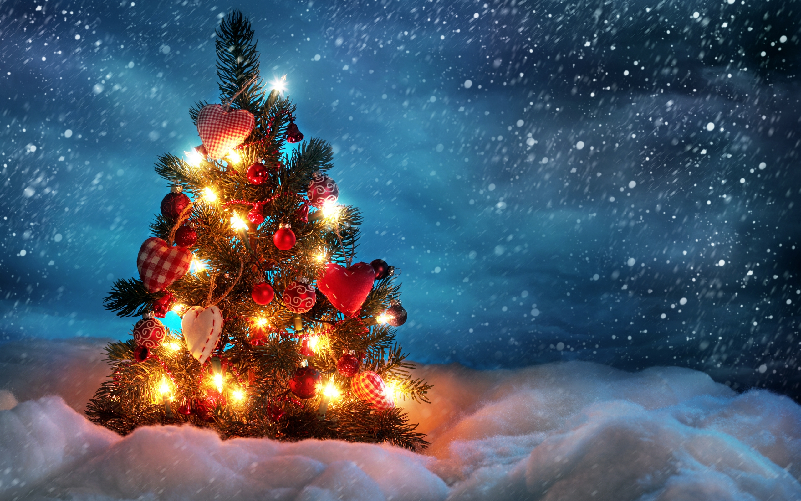 Christmas Tree Wallpaper Vector