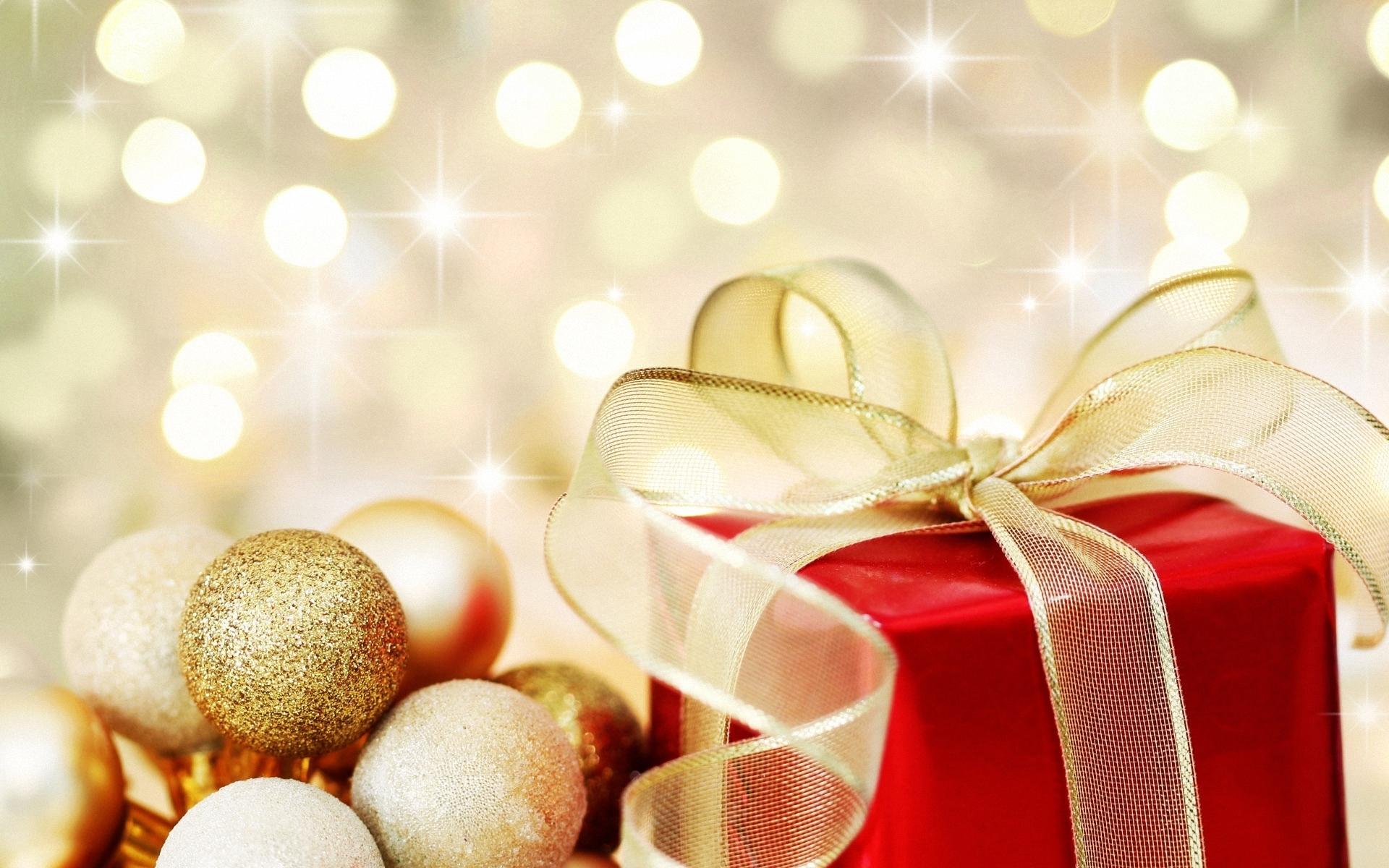 Golden Christmas Wallpaper Widescreen
