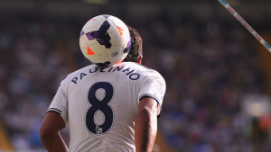 Paulinho Tottenham Hotspur Wallpaper