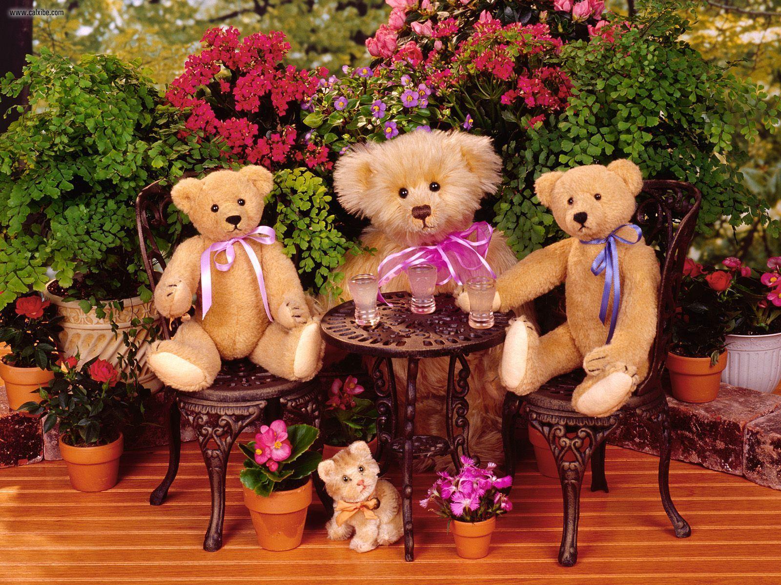 Teddy Bear Flowers Family Wallpaper