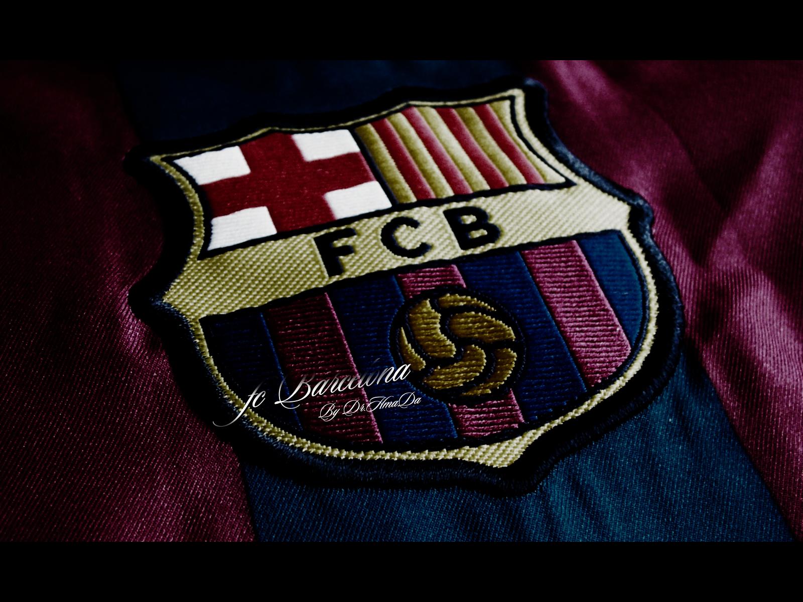 Barcelona Wallpaper Tshirt Logo