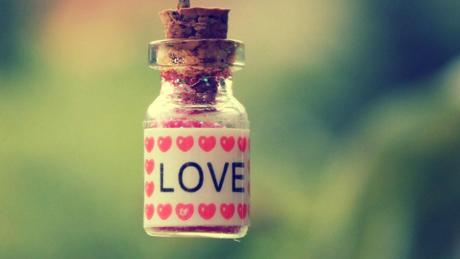 Love Potion Happy Valentine Days 2015 Wallpaper