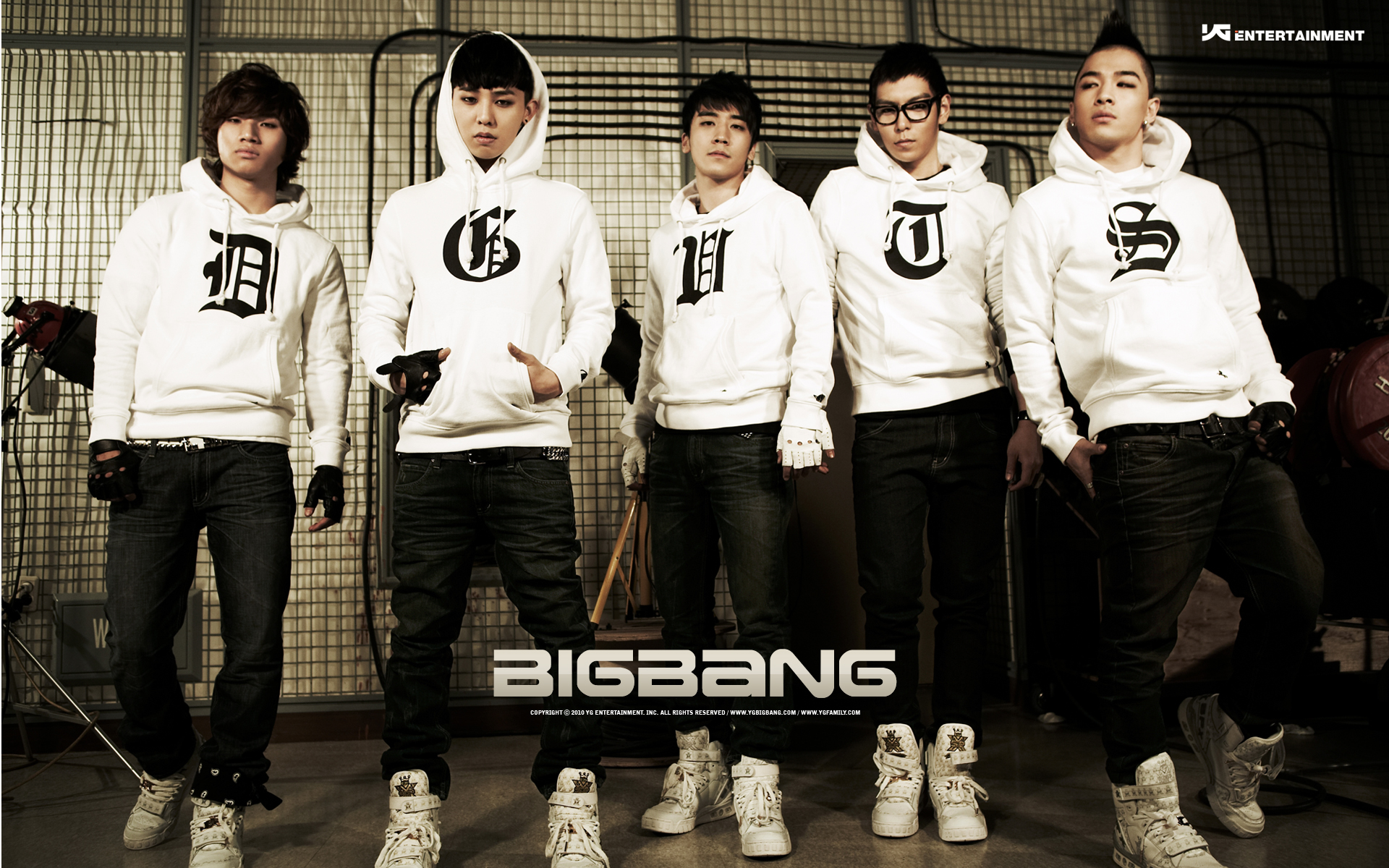 Big Bang Entertainment Wallpaper