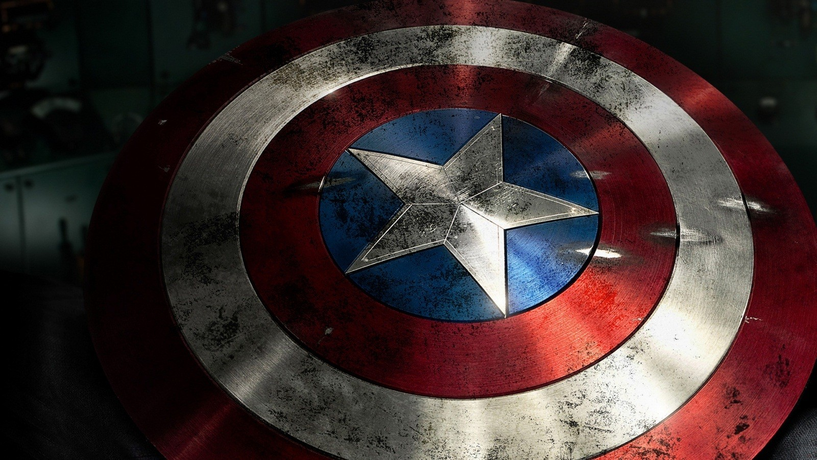 Metal Sields Captain America Wallpaper