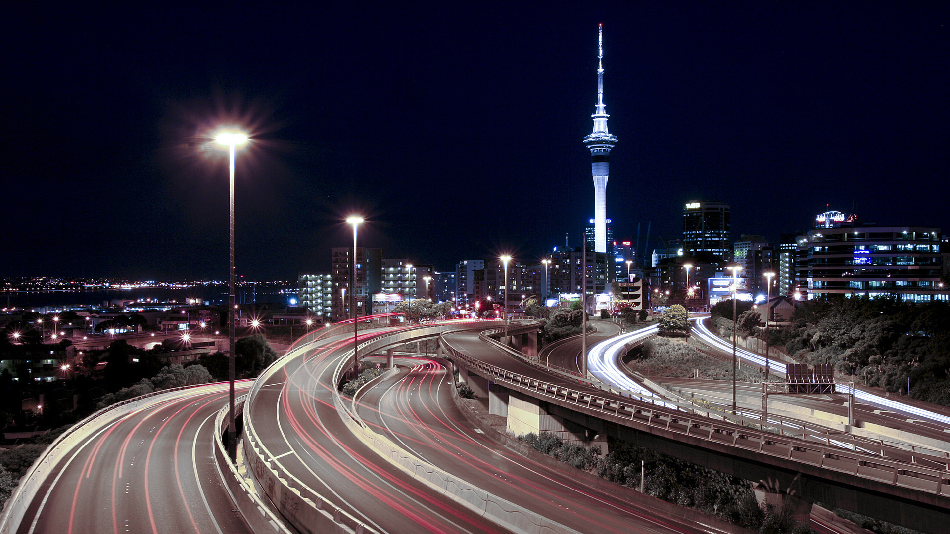 Night-Traffic-City-Wallpaper
