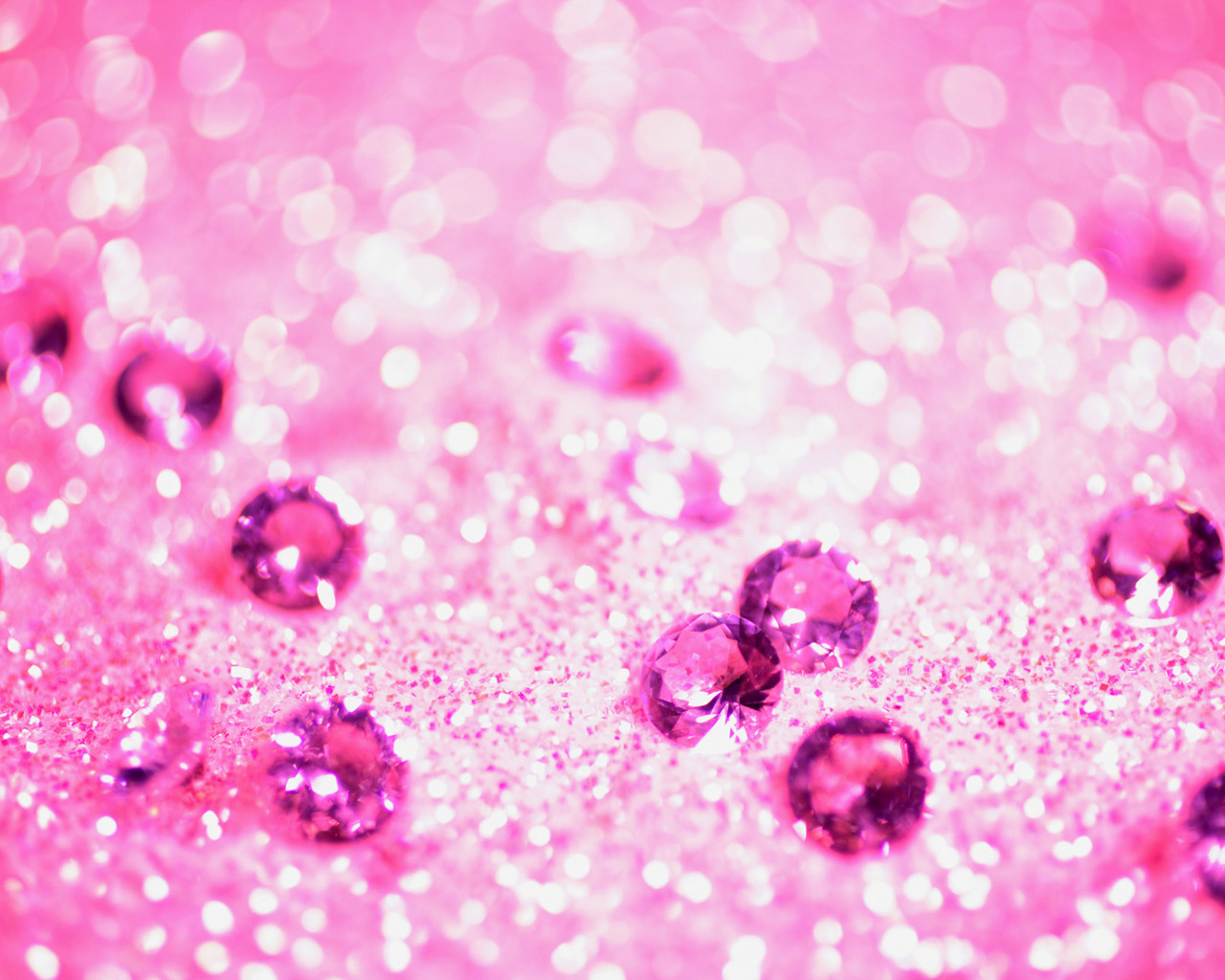 Pink Wallpaper Screensaver HD