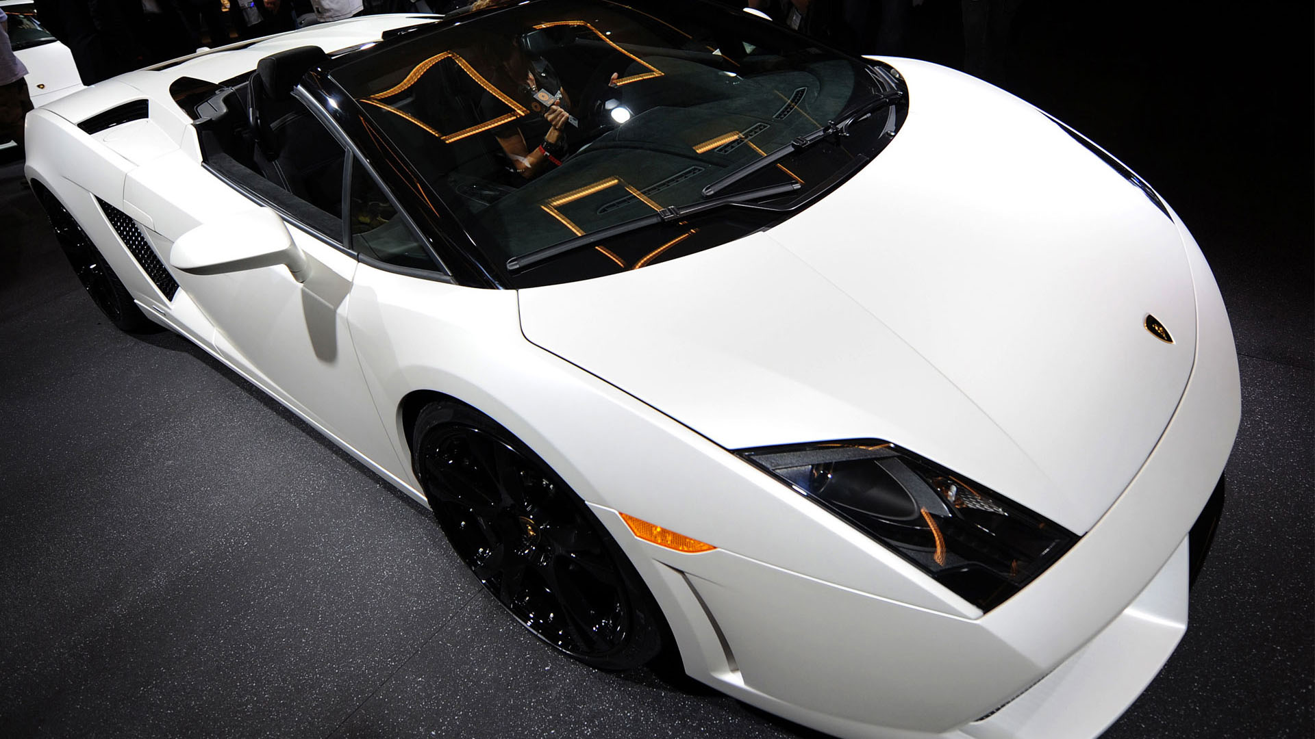 White Lamborghini Sports Car Image HD