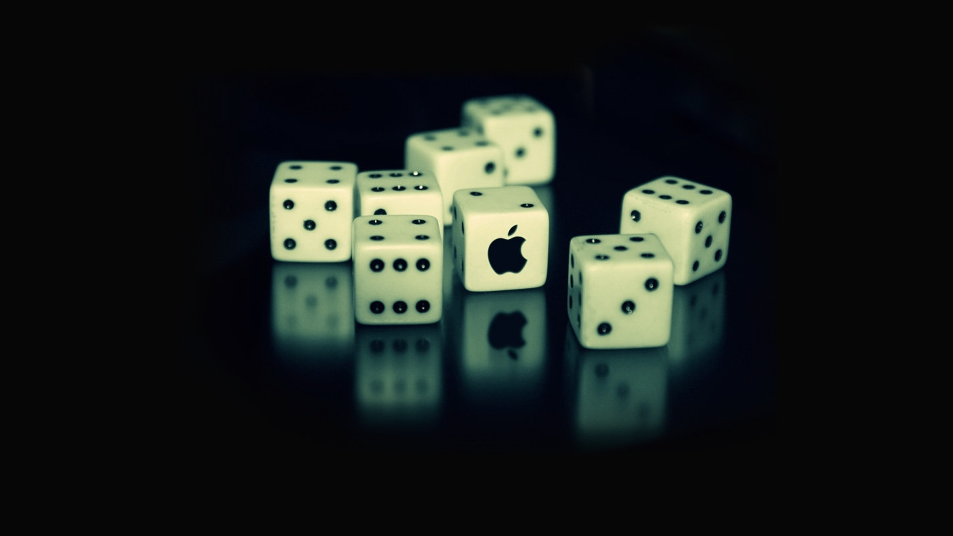 Apple Dice Wallpaper